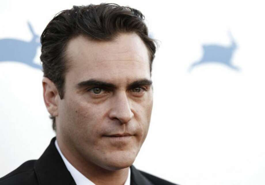 Joaquin Phoenix, back to normal nowPHOTO BY MATT SAYLES/AP