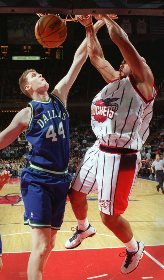 Barkley played in 68 games in the 1997-1998 season, 15 more than the previous year. Photo: Smiley N. Pool, Houston Chronicle / Houston Chronicle