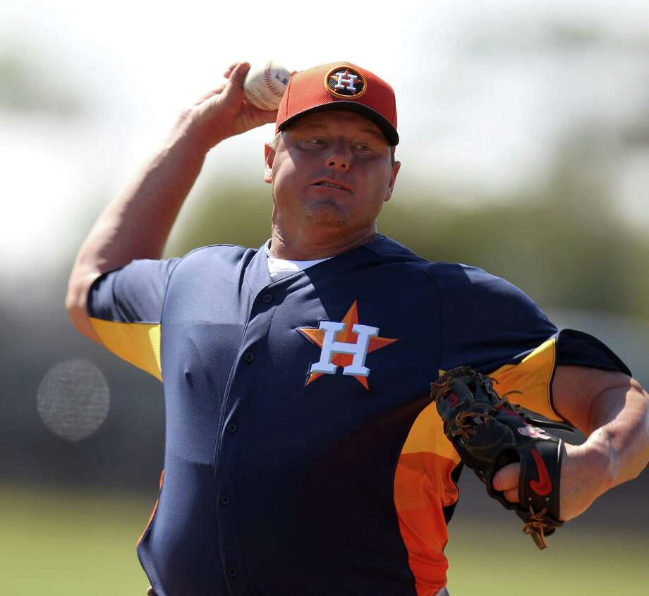 317b0734d5d344 Former Houston Astros pitcher Roger Clemens throws live batting practice  during spring training workouts at the