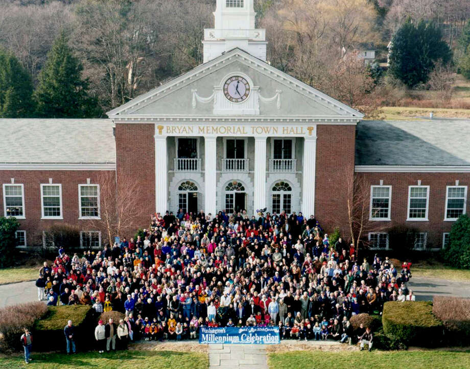 Many hundreds gather at Bryan Memorial Town Hall in Washington Depot for a  millennium group photo by native daughter Heidi Johnson on an. 1, 2000.  Courtesy of Heidi Johnson Photo: Contributed Photo, Heidi Johnson/Spectrum / The News-Times Contributed
