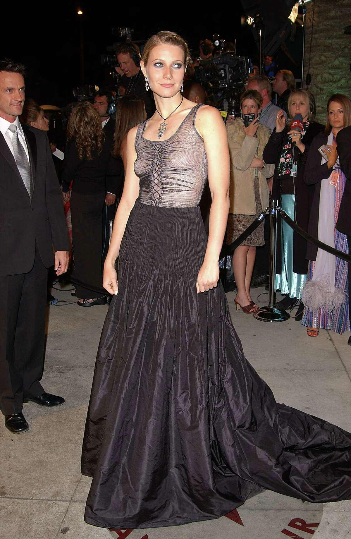 9. Gwyneth Paltrow, 2002 Hey girlfriend, I think a foundation garment would have been a good idea. But no! Paltrow arrived at the Oscars in a see-through Christian Lacroix Goth-inspired number that left her boobs lopsided.