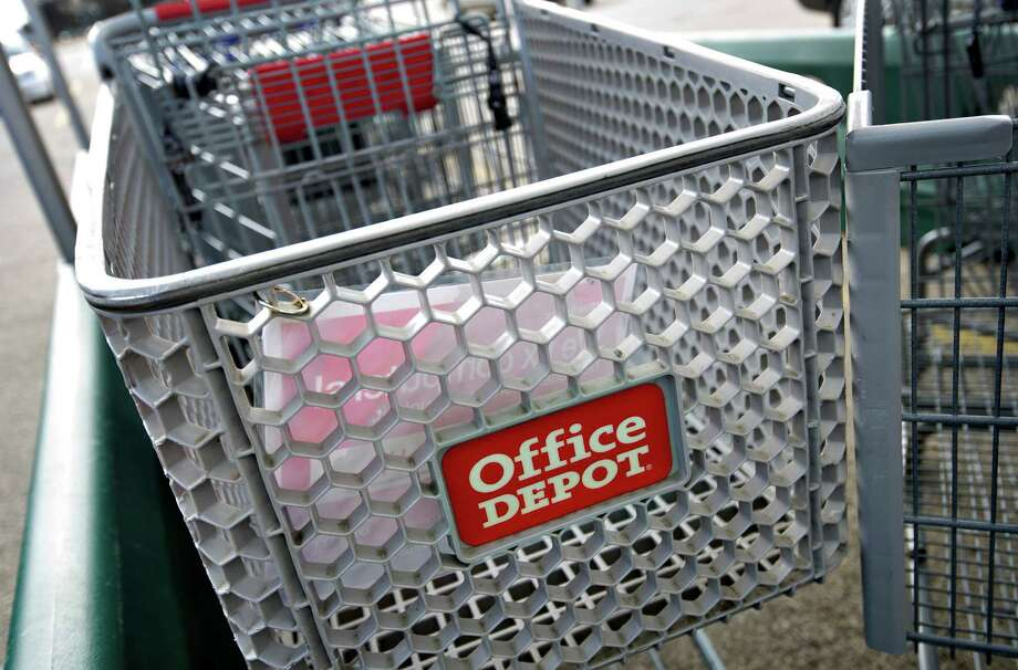 "Office Depot's Neil Austrian says the deal is a ""merger of equals."" Photo: Daniel Acker / © 2013 Bloomberg Finance LP"