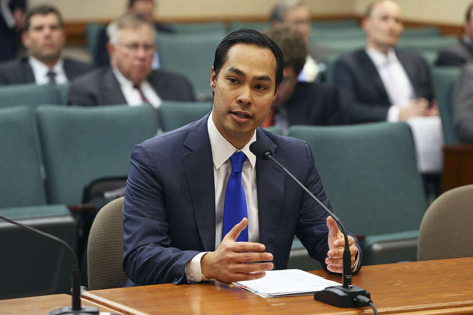 "Mayor Julián Castro says he see San Antonio as a ""gateway"" to Latin America."