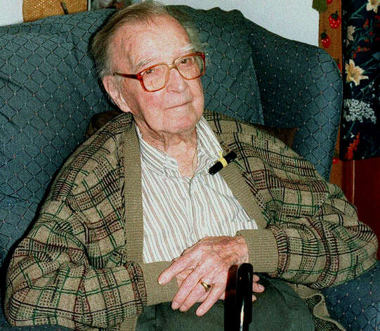 Bridgewater's George DeVoe, gentleman dairy farmer, realtor and civic activist, celebrates his 100th birthday on Jan. 27, 1999. Mr. DeVoe, integral to the efforts to bring Kimberly-Clark to  New Milford during the 1950s, died June 16, 2000 at the age of 101. Photo: Norm Cummings/Spectrum