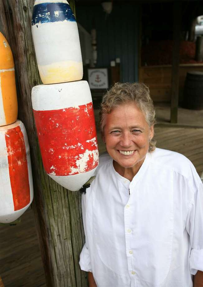 Jan Margaret Williams, seen here on July 31st, 2008 at Captain's Cove in Bridgeport, Conn. Williams died on Feb. 14, Valentine's Day, 2009 after a two-year battle with ovarian cancer. Photo: Brian A. Pounds / Connecticut Post