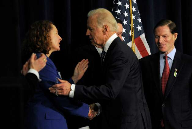 Connecticut Congresswoman Elizabeth Esty speaks with Vice President Joe Biden at the end of his talk at a conference on gun violence at Western Connecticut State University Thursday, Feb. 21, 2013. Photo: Carol Kaliff / The News-Times