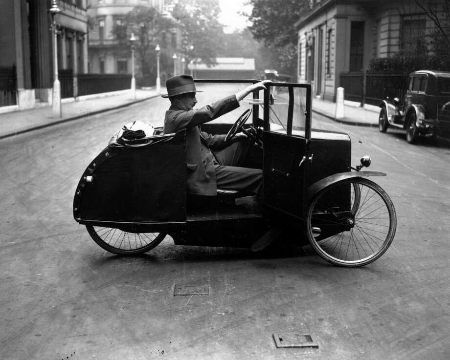 Then I could honk at bicyclists. Photo: Crouch, Getty Images / Hulton Archive