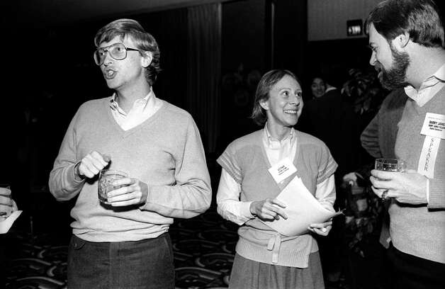 Attendees at the annual PC Forum, Phoenix, Arizona, early 1985. Pictured are, from left, Bill Gates, from Microsoft, Esther Dyson, from EDventure Holdings, and Barry James Folsom, from Digital Equipment. Photo: Ann Yow-Dyson/Getty Images, Getty / Photo by Ann Yow-Dyson, all rights reserved