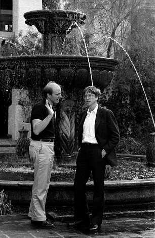Steve Ballmer (left) and Bill Gates, both from Microsoft, speak next to a fountain at the annual PC Forum, Phoenix, Arizona, 1986. Photo: Ann Yow-Dyson/Getty Images, Getty / Photo by Ann Yow-Dyson, all rights reserved