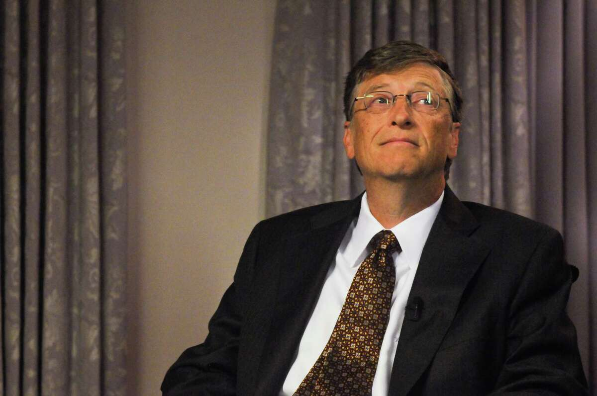 Bill Gates backs Initiative 1631, which would put a fee on carbon emissions.