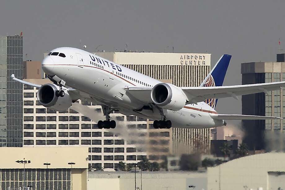 United Airlines eliminated the grounded Boeing 787 from its schedules at least until June while investigators probe issues with the batteries on the planes. Photo: David McNew, Getty Images