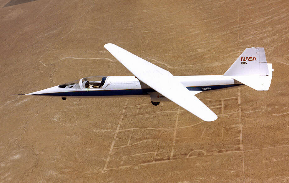 The NASA Ames-Dryden (AD)-1 was a research aircraft designed to investigate the concept of an oblique (pivoting) wing. The wing could be rotated on its center pivot to its most efficient angle for the speed at which the airplane was flying. The wing could swing to angles of up to 60 degrees. The AD-1 notched 79 test flights from 1979 to 1982. Photo: NASA