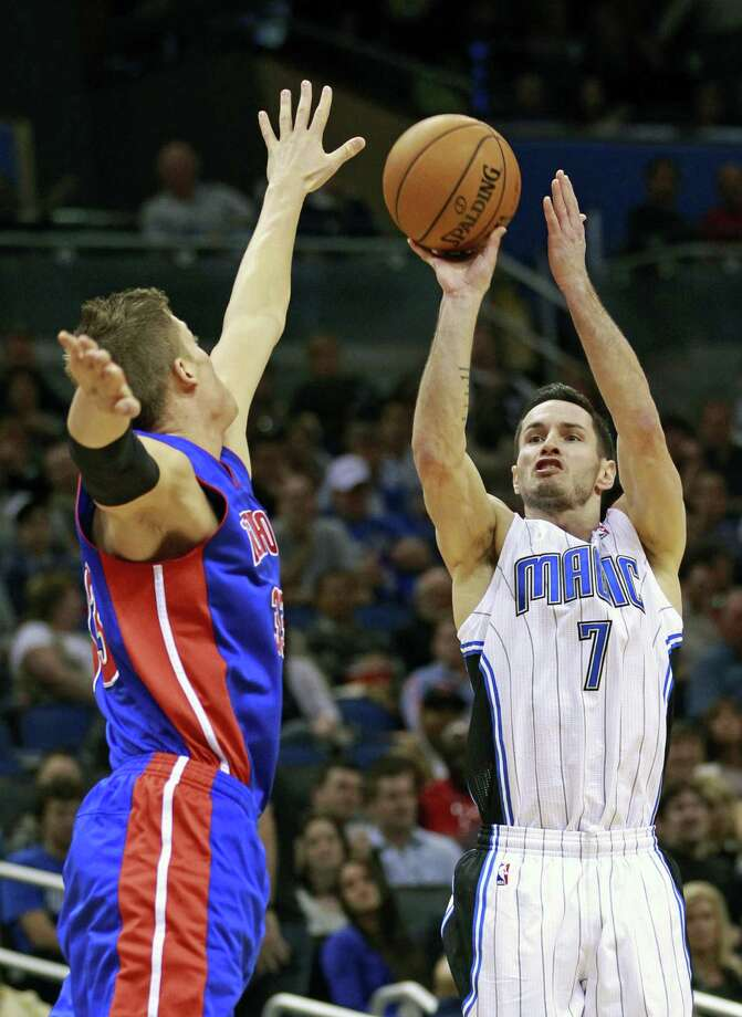 J.J. Redick was the most prominent player traded at Thursday's deadline, going from Orlando to Milwaukee. Photo: John Raoux / Associated Press