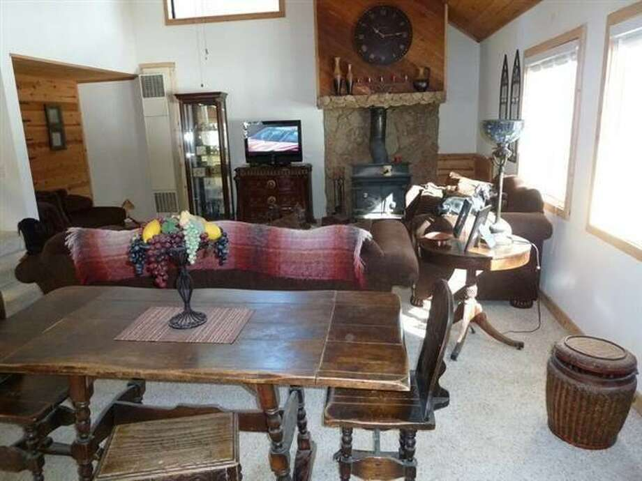 Living/ dining room combo