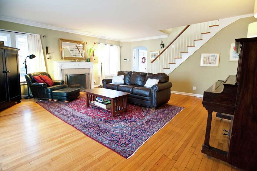 House of the Week: 7 Euclid Ave., Albany   Realtor: Alexander Monticello at Monticello L.R.E.B.   Discuss: Talk about this house