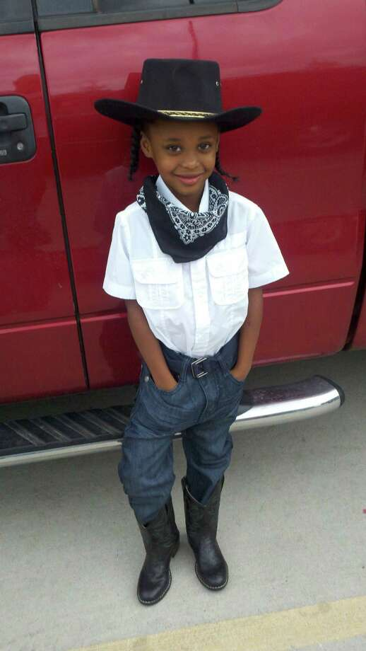 Da'Laisha shows off her bandana and boots. Photo: Reader Submission