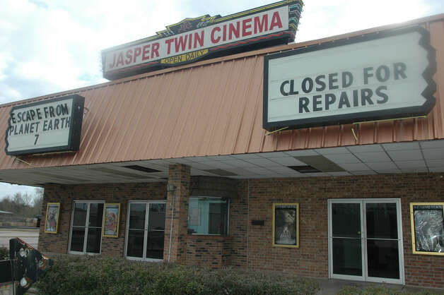 Jasper Twin Cinema is closing its doors March 1. Photo: Jimmy Galvan