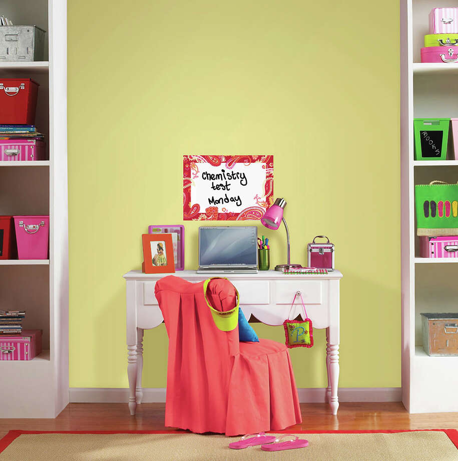 A WallPops Peace Dry-Erase Message Board decal can help a student keep track of appointments or a bedtime checklist of responsibilities. Photo: HOEP / Brewster Home Fashions