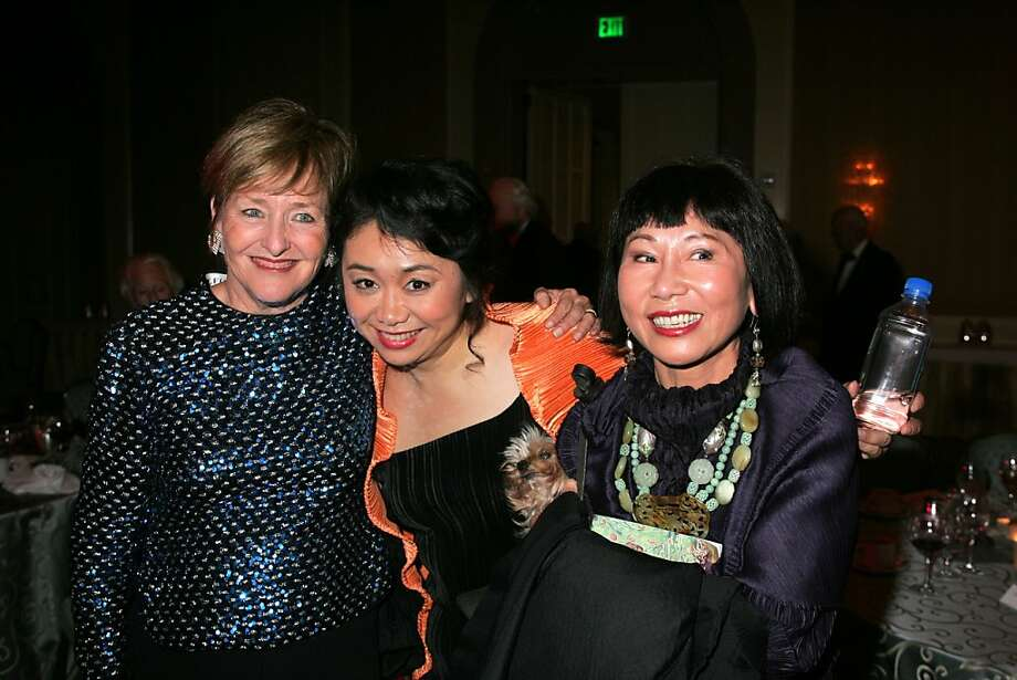 (Left to right:) Frederica von Stade, mezzo soprano Zheng Cao, and author Amy Tan at the