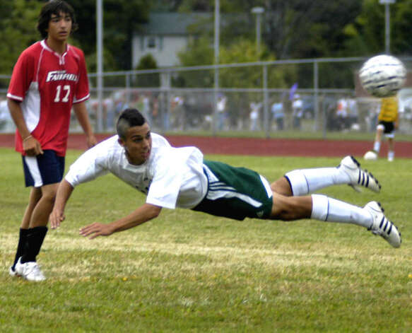 Nick Murad of New Milford High School boys' soccer demonstrates his athleticism vs. New Fairfield, Sept. 16, 2008 at NMHS Photo: Norm Cummings