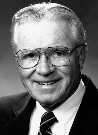 Stephen N. Hume, 84, died in August 2010 after a career as an attorney with Cramer & Anderson in New Milford. He served on the New Milford Board of Education from 1960 to 1971 and the Board of Directors of New Milford Hospital from 1962 to 1987, as well as a trustee at Canterbury School from 1980 to 1995. Photo: Contributed Photo