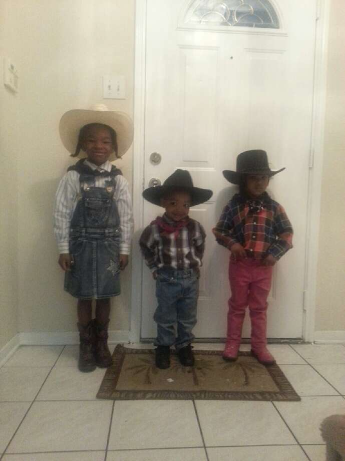 A little Western trio Photo: Reader Submission