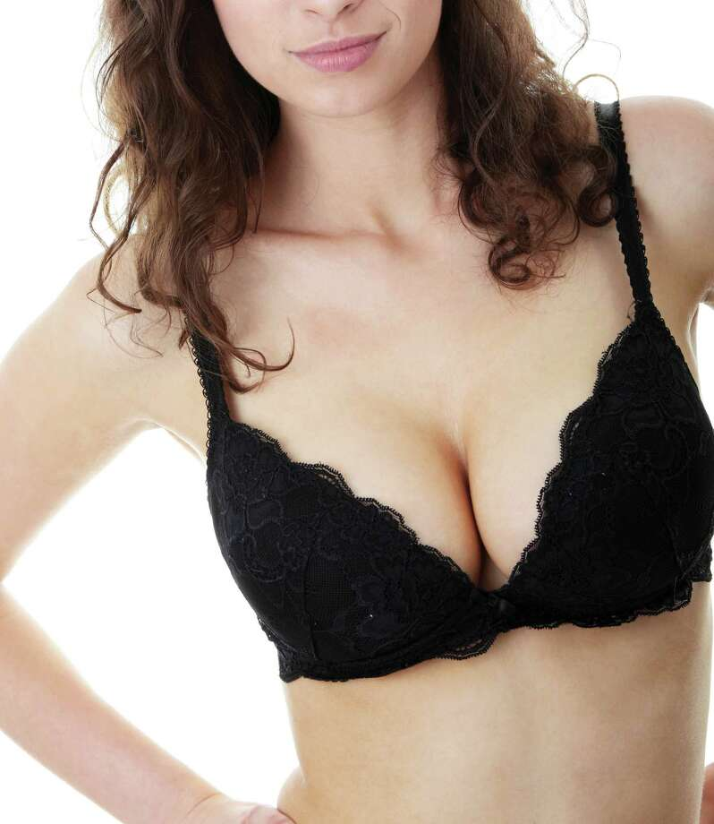 A bra that fits will keep you looking and feeling good. Photo: Piotr Marcinski, Dreamstime.com / dreamstime.com