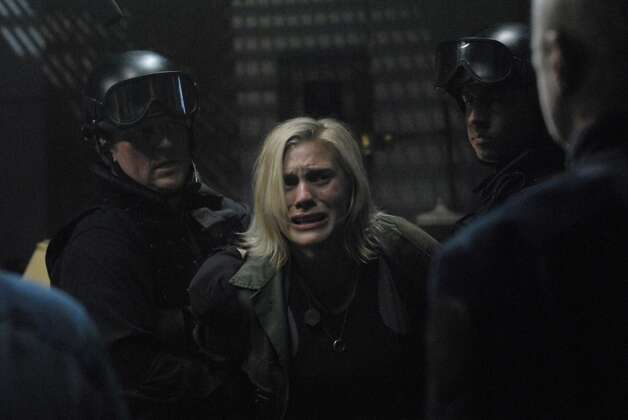 Starbuck (Katee Sackhoff) is featured in the 2008 episode Six Of One.