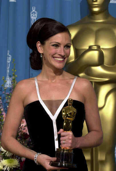 Actress Julia Roberts, who won best actress Oscar for the film Erin Brockovich in 2001, dazzled in a