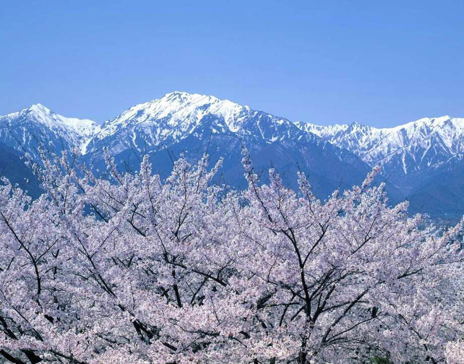 Northern Japanese Alps Photo: Tohoku Color Agency, Getty Images/Tohoku RM / Tohoku RM