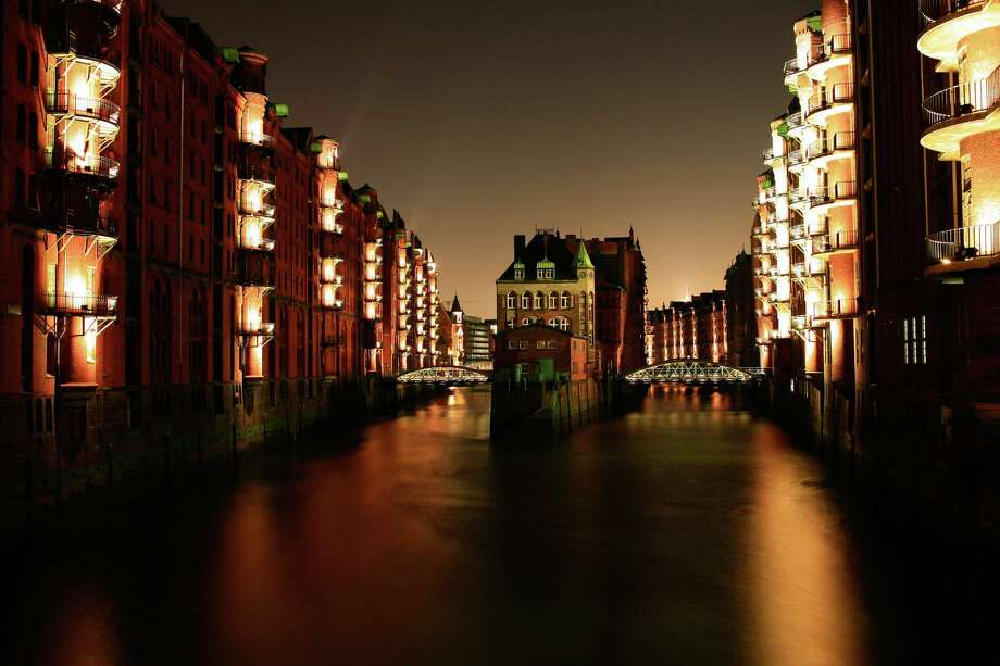 Hamburg, Germany Photo: © Sasaki Makoto All Rights Reserved., Getty Images/Flickr RM / Flickr RM