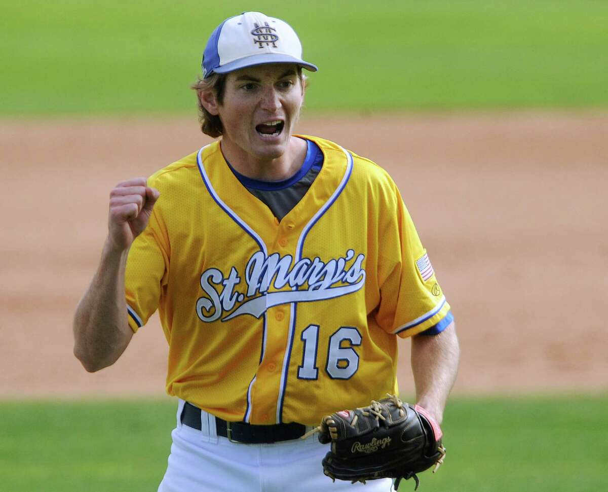 St. Mary's Carl O'Neal pitched a one-hitter to beat Oklahoma Panhandle State 1-0. O'Neal won his 21st straight game to tie the Division II mark, according to NCAA records.