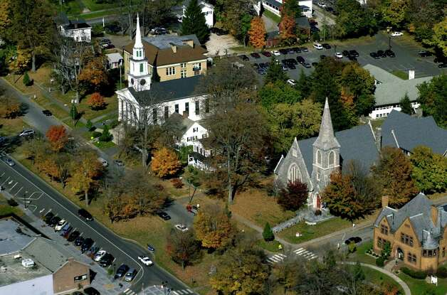 A New Milford Village Green aerial view in Octover, 2000 by News-Times photographer David W. Harple. Photo: Contributed Photo, David W. Harple/Spectrum / The News-Times Contributed