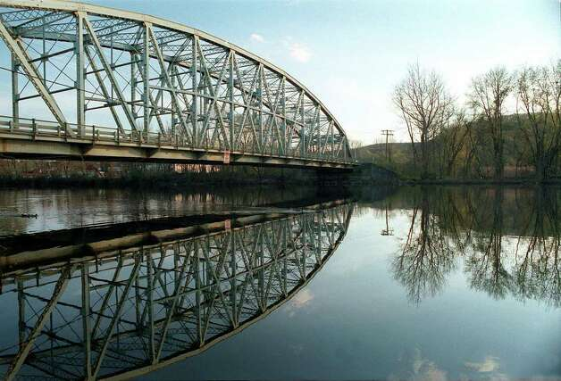 Circa 1999, Veterans Memorial Bridge spans the Housatonic River in New Milford. Photo: NC/Spectrum