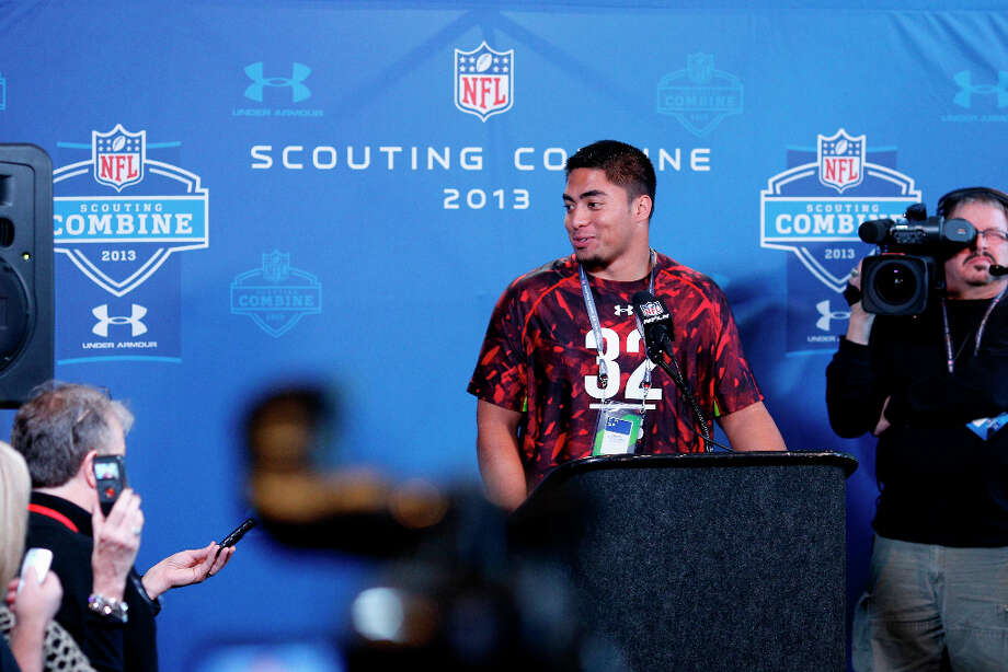 Notre Dame linebacker Manti Te'o faced inevitable questions about the girlfriend hoax. Photo: Joe Robbins / 2013 Getty Images