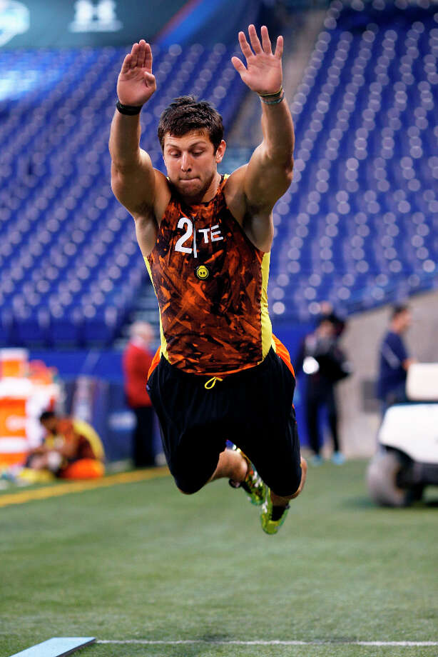 Tyler Eifert of Notre Dame participates at the NFL combine. Photo: Joe Robbins / 2013 Getty Images
