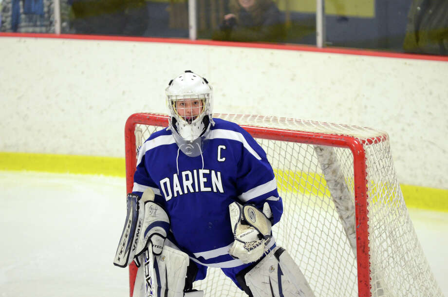 Darien goalie Shannon Hall (1) during the FCIAC girls hockey finals against New Canaan at Terry Conners Rink in Stamford on Saturday, Feb. 23, 2013. Photo: Amy Mortensen / Connecticut Post Freelance