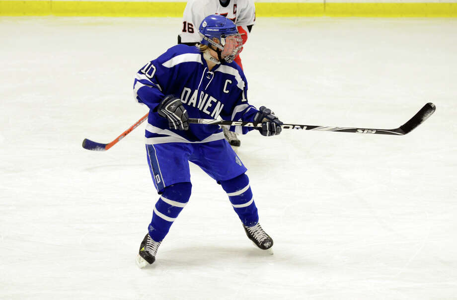 Darien's Ellie Bennett (10) on the ice during the FCIAC girls hockey finals against New Canaan at Terry Conners Rink in Stamford on Saturday, Feb. 23, 2013. Photo: Amy Mortensen / Connecticut Post Freelance