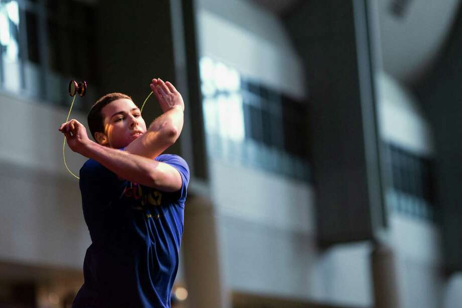 California's Grant Johnson performs during the 1A competition. Photo: JORDAN STEAD / SEATTLEPI.COM