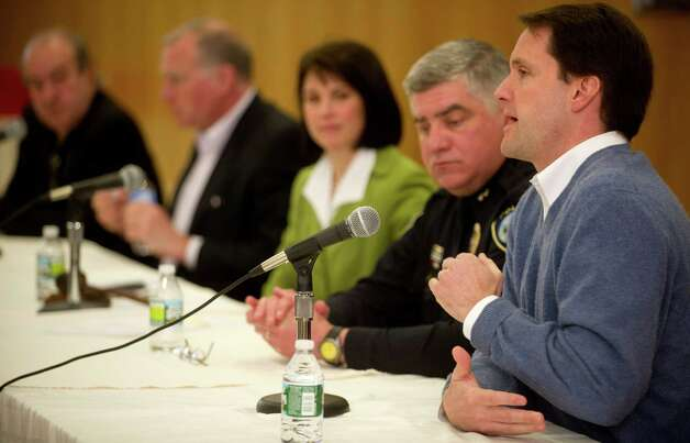 U.S. Representative Jim Himes speaks at the Darien Library during a discussion about gun violence prevention on Saturday, February 23, 2013. Photo: Lindsay Perry / Stamford Advocate