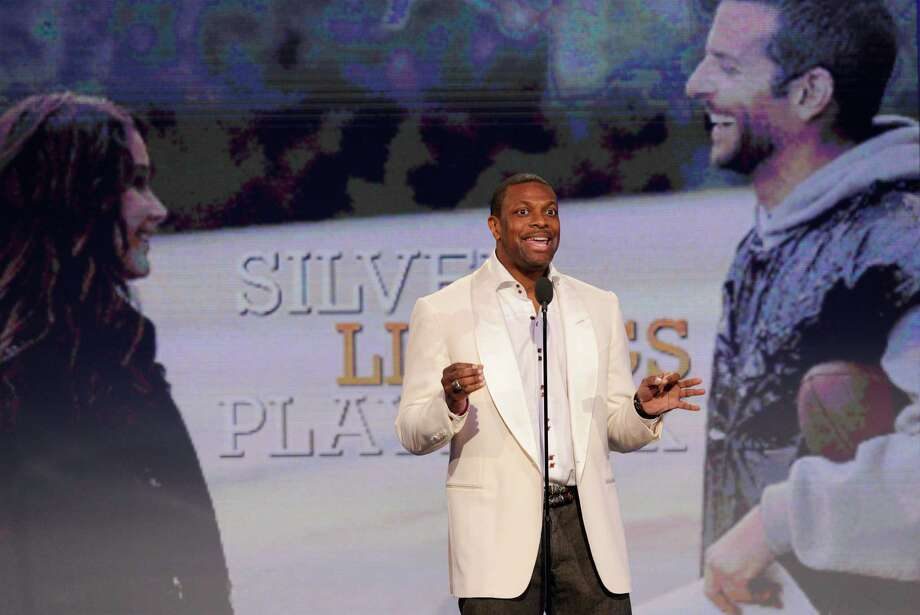 Actor Chris Tucker speaks onstage. Photo: Chris Pizzello/Invision/AP