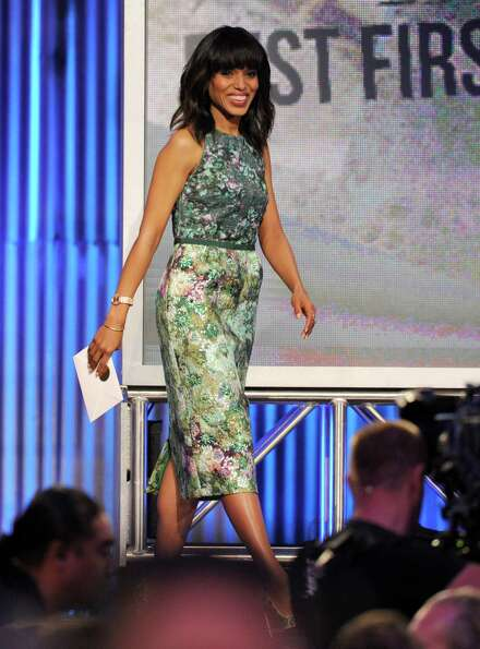 Actress Kerry Washington presents the best first screenplay award.