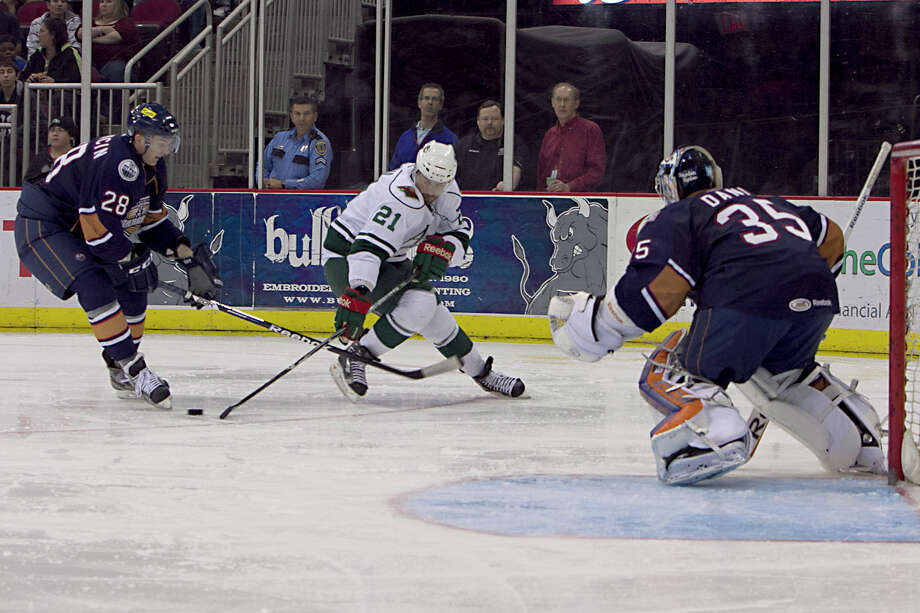 The Aeros' Dan DaSilva (21) had a productive debut against the Barons, picking up a goal and an assist.