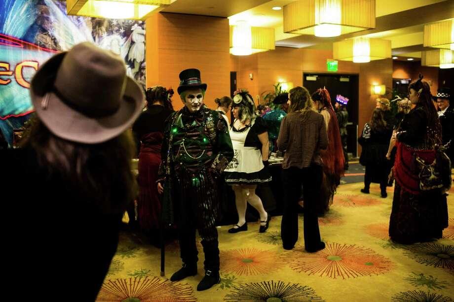 Crowds of costume-clad attendees posed for pictures and compared articles of clothing during FaerieCon West Saturday, Feb. 23, 2013, in Seattle, Wash. Photo: JORDAN STEAD / SEATTLEPI.COM