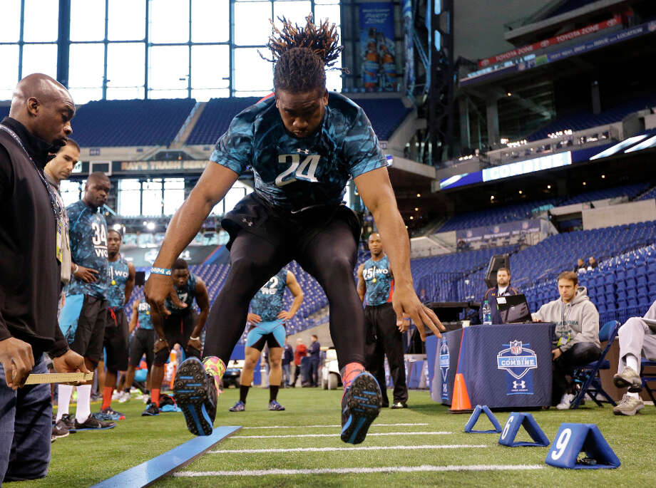 Tennessee receiver Cordarrelle Patterson runs a drill during the scouting combine. Photo: Dave Martin