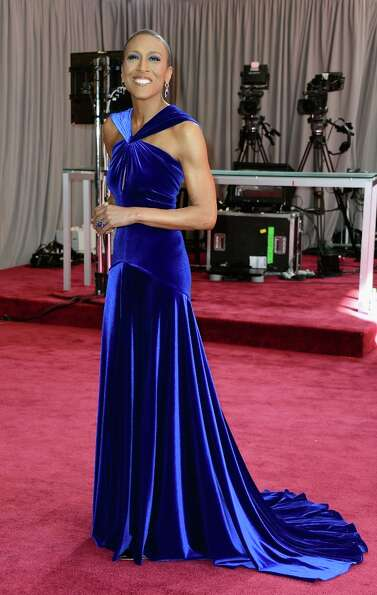 TV personality Robin Roberts arrives at the Oscars at Hollywood & Highland Center on February 24, 20