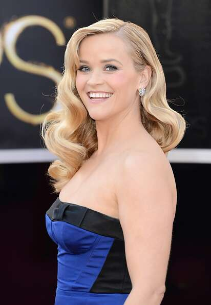 Actress Reese Witherspoon arrives at the Oscars at Hollywood & Highland Center on February 24, 2013