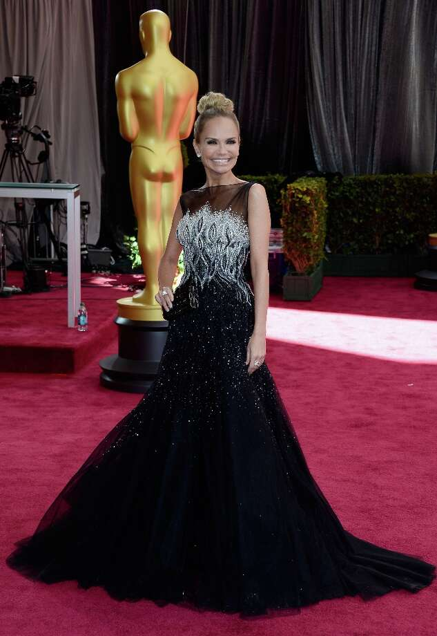 Actress Kristin Chenoweth attends the Oscars at Hollywood & Highland Center on February 24, 2013 in Hollywood, California. Photo: Frazer Harrison, Getty Images / 2013 Getty Images