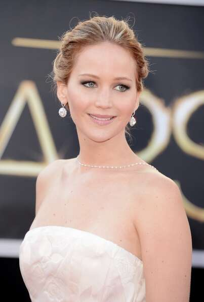 Actress Jennifer Lawrence arrives at the Oscars at Hollywood & Highland Center on February 24, 2013