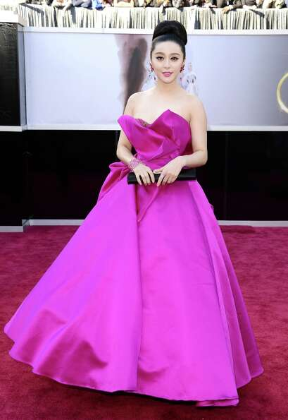 Actress Fan Bingbing arrives at the Oscars at Hollywood & Highland Center on February 24, 2013 in Ho
